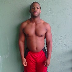 Dube Roseme natural bodybuilder